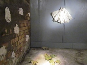 Installation: Blätter - Raum (Ausschnitt), 2012, Velten